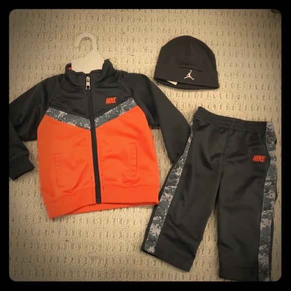 NEW Nike grey/orange track suit